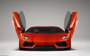 Lamborghini Aventador LP-700 4