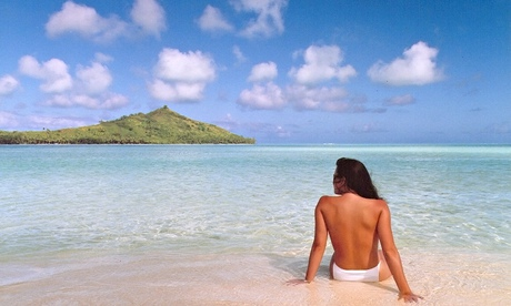 Jennifer in Paradise.tif – the first photoshopped pictureBrothers Knoll sent over their original Je