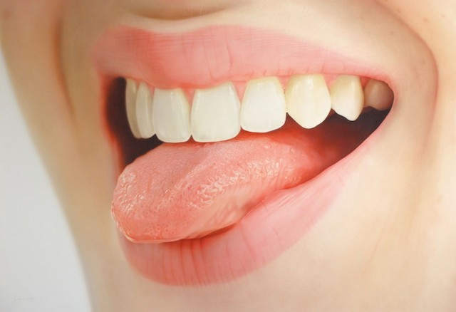 http://www.fubiz.net/2014/09/09/lips-and-mouth-realistic-paintings/