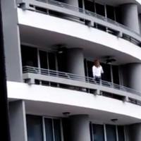 Mulher portuguesa cai do 27º andar por causa de selfie (vídeo)