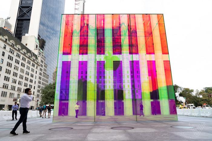 AppleStore-FifthAvenue-cube2